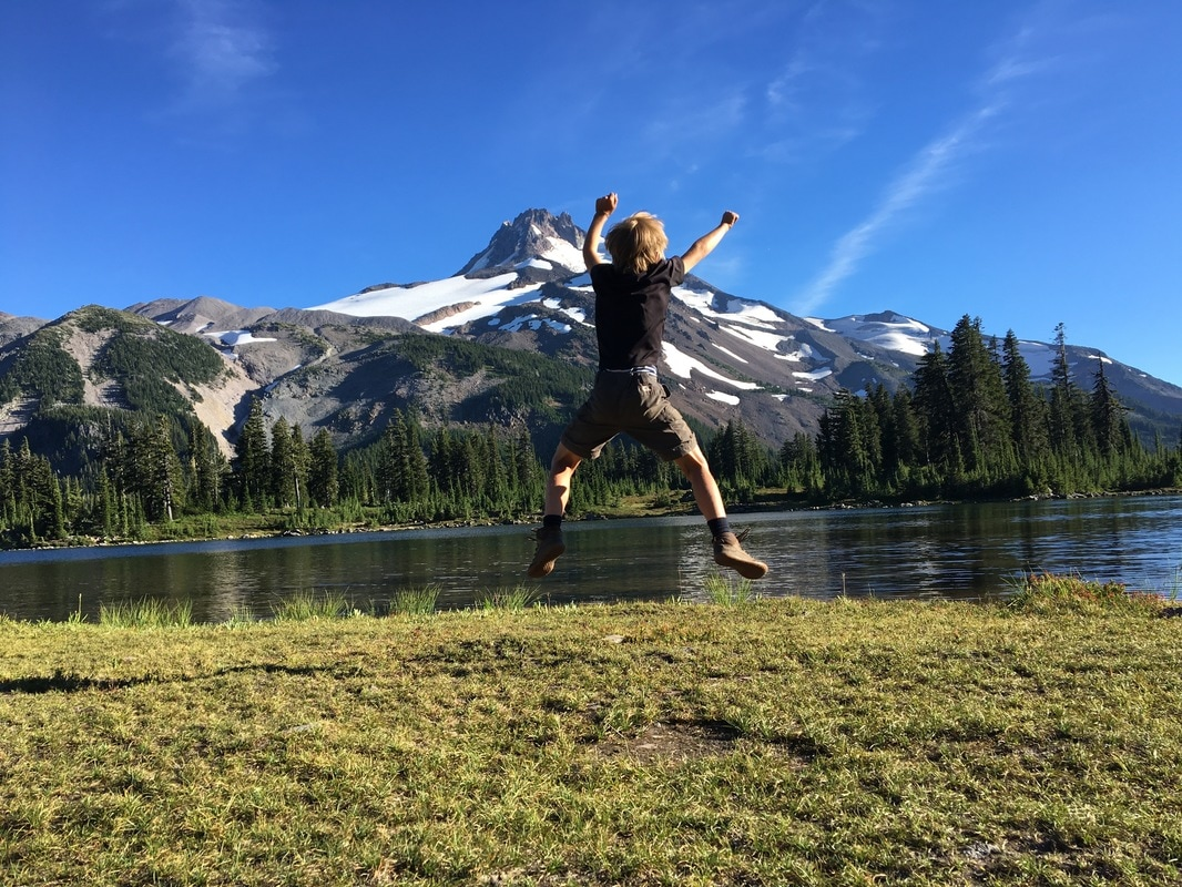 fun at Russell Lake Jefferson Park Pacific Crest Trail Oregon