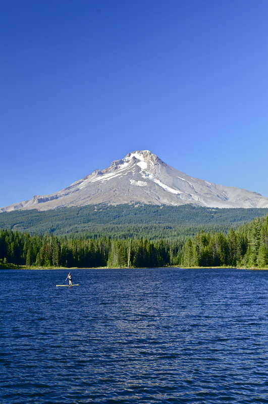 View of Mt. Hood across Trillium Lake, top 10 oregon hikes for kids