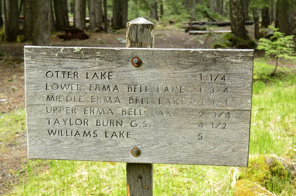 Erma Bell Lakes trailhead sign