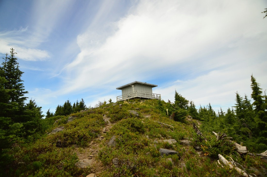 Waldo Mountain lookout hut